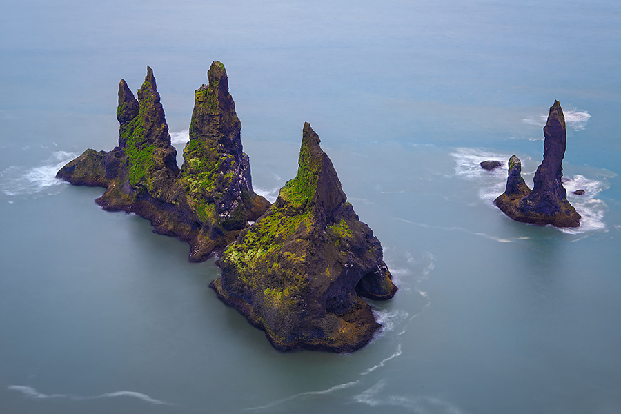 Seen from above, the rock formations look like the most difficult place in the world to build a summerhouse.