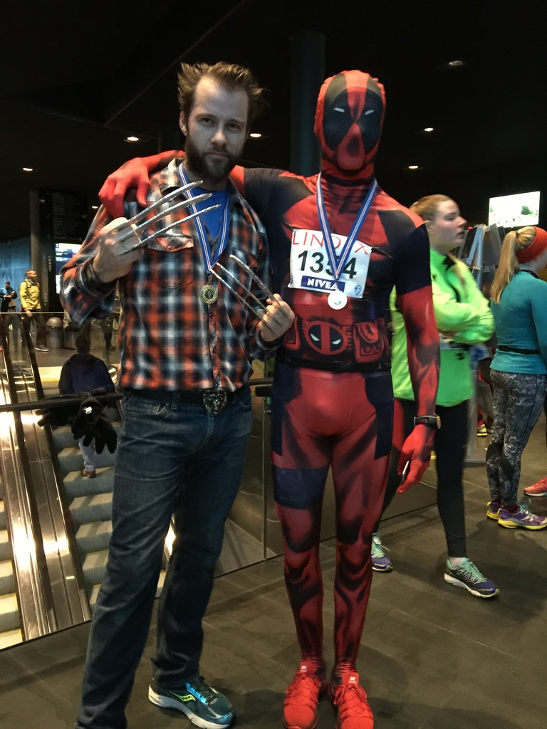 Wolverine and Deadpool in the New Years Eve 10K